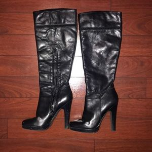 Jessica Simpson heel boots